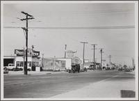 [Alamitos Avenue from south of East 3rd Street, Long Beach]
