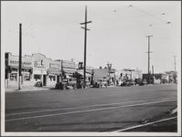 Shacks (stores) on Vermont Avenue south of Florence Avenue, east side