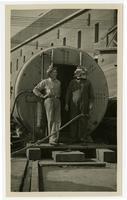 Golden Gate Bridge construction, man with bridge diver