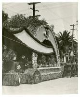 Float decorated with flowers, District 7, Los Angeles