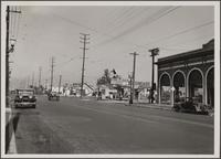 Hollywood from Western Avenue and Marathon Street, showing Ford auto sales building on far right