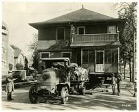 House being moved, Los Angeles