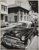 Car parked on Sacramento Street, between Mason and Taylor Streets, Nob Hill, San Francisco