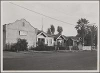 Looking southeast on South Gless Street, south of 1st Street Yiddish Church, homes of Russians and Mexicans