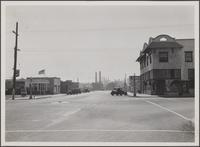 Standard Oil refinery at El Segundo, southend of Main Street