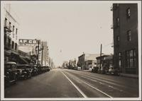 Looking east on 1st Street from Alameda Street