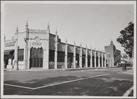 One-story office building, northwest corner of Green Street and Euclid Avenue, Pasadena